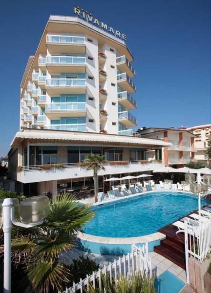 Hotel rivamare s polpenziou lido di jesolo italia for Designhotel jesolo